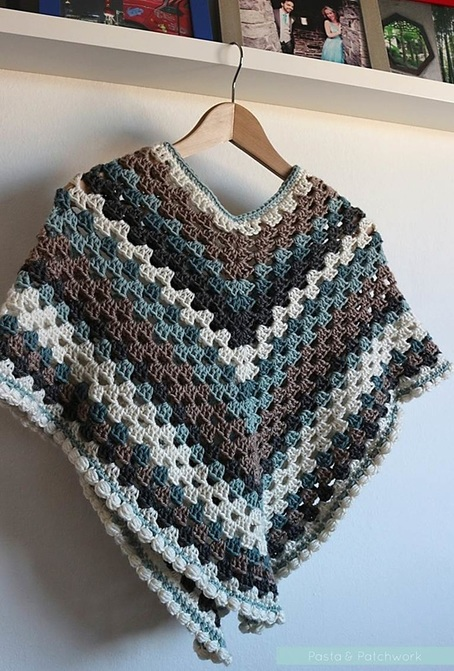 Pasta & Patchwork Winter 2014-15 Project Round-up: Granny Poncho with Bobble Edge (link to bobble edge tutorial in post)
